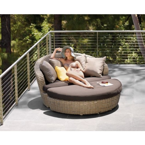 Sunset Circular Outdoor Patio Couch | Victory Furniture